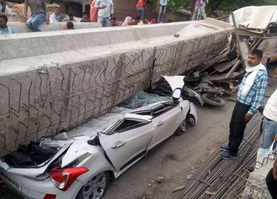 一在建高架桥倒塌,致18人死亡,事故原因还在调查_4