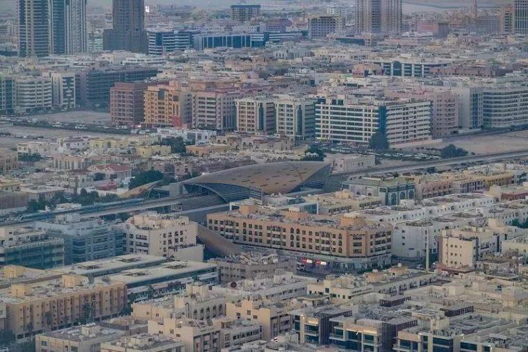 2018年迪拜用3个亿造了个冲破天际的相框_15
