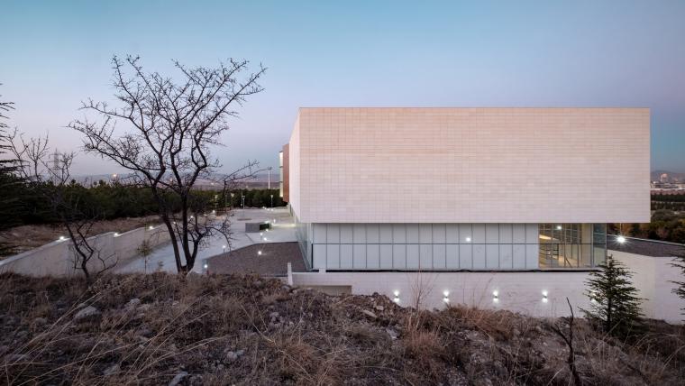 土耳其Hacettepe大学博物馆和生物多样化中心-8