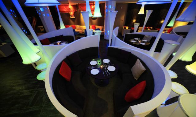 某现代风格西餐厅设计CAD施工图(含实景图)_10