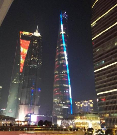 BIM技术在上海中心大厦室外总体设计中的应用