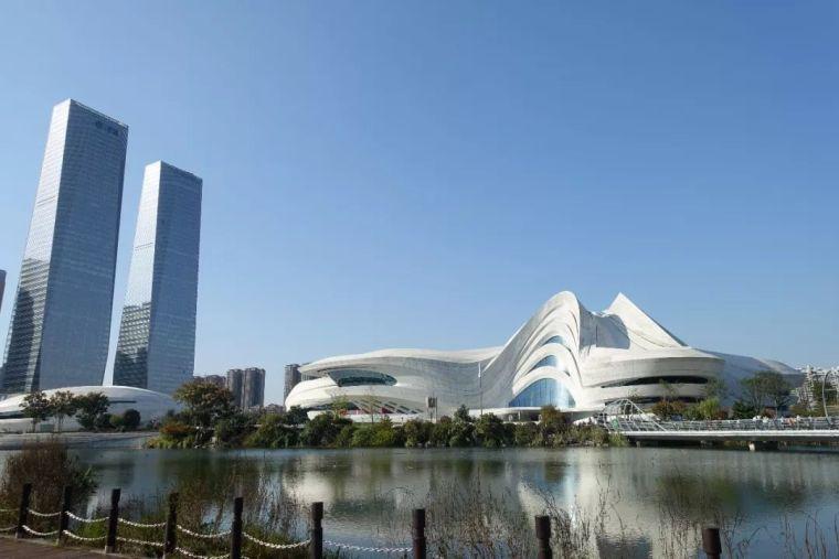 扎哈在中国的遗作终于完成,耗资28亿,施工难度堪比鸟巢_4