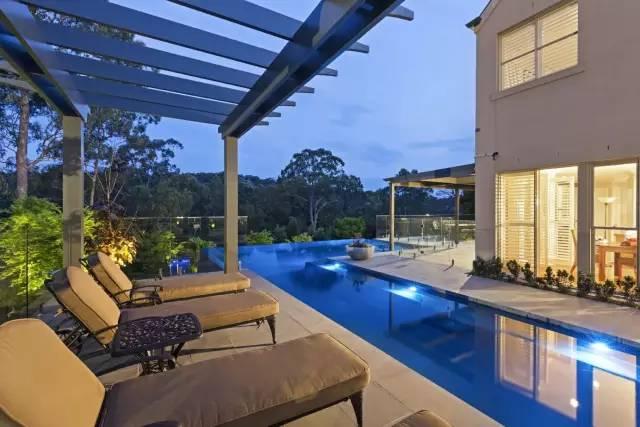 赶紧收藏!21个最美现代风格庭院设计案例_129