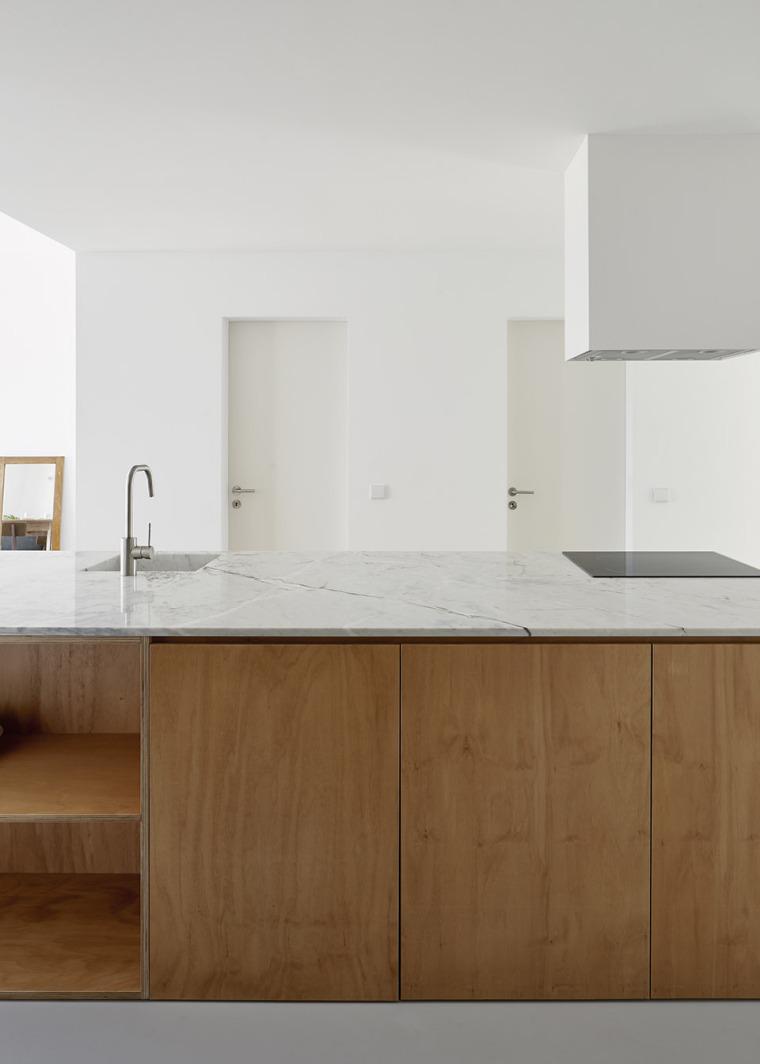 葡萄牙Beato极简公寓改造-004-Beato-Apartment-Renovation-by-Arriba