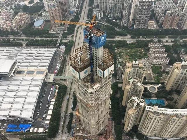 深圳平安南塔项目完成核心筒钢结构安装