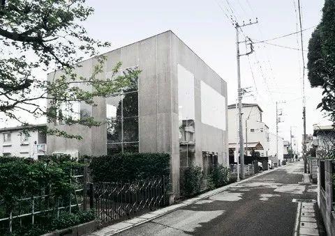 16个日本最佳现代住宅,小而美的空间造就了温暖的家。_28