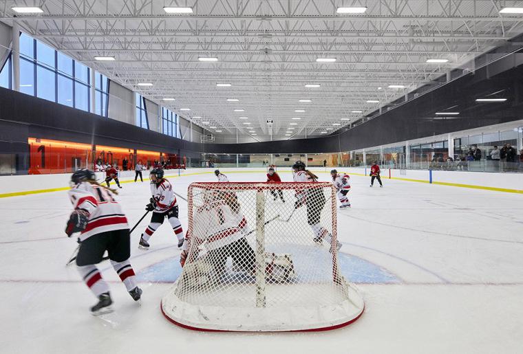 加拿大Calgary大型体育娱乐中心-13
