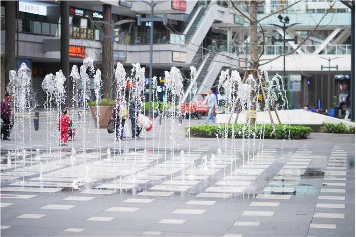 龙湖U城天街景观-10