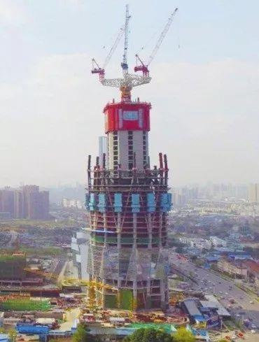 """""""大体积混凝土""""浇筑难怎么破?工程如何做到一次性浇筑3万平米"""