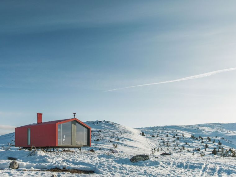 俄罗斯雪地上的DublDom预制观景屋-12