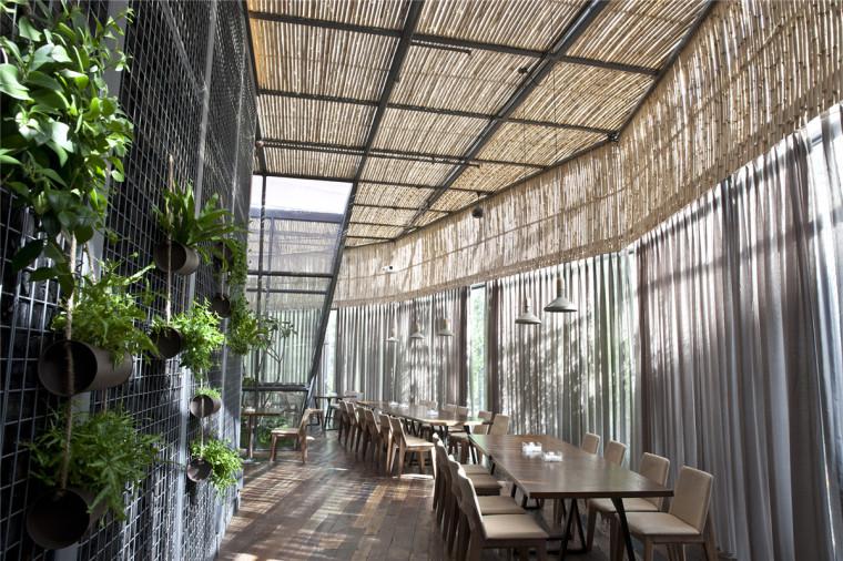清风微拂—视觉与味觉的诗意融合(附25套餐饮空间设计案例)_24