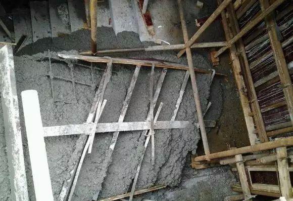 房屋加固施工模板自从这样支模,再也没有爆过!