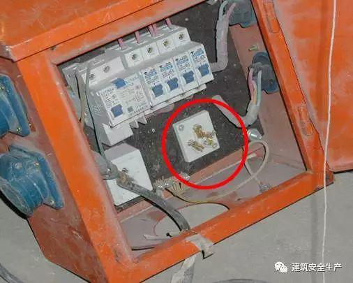 水利施工现场这些临时用电行为统统要不得!_5