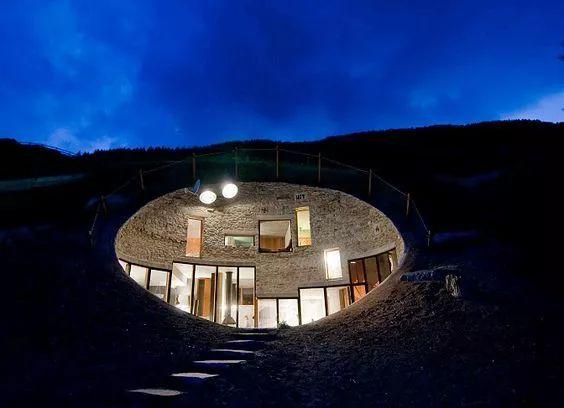 藏在地下的建筑设计,令人惊艳的别有洞天!