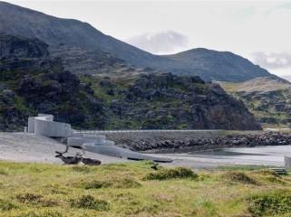 挪威海边蜿蜒的道路