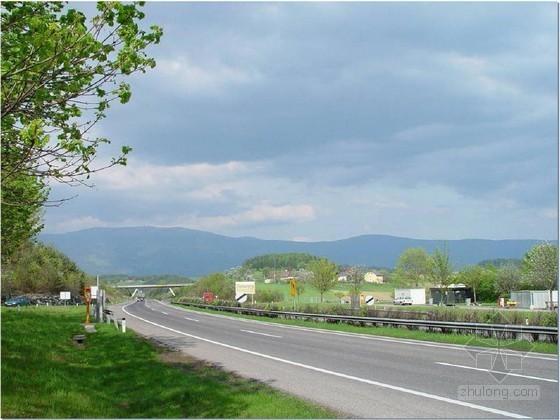 高速公路工程施工现场质量实例图文分析255页(路桥涵隧)
