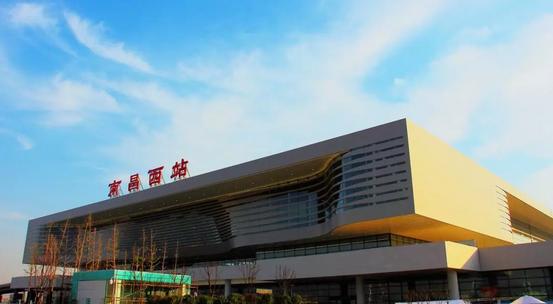 评选中国最美的高铁站_11