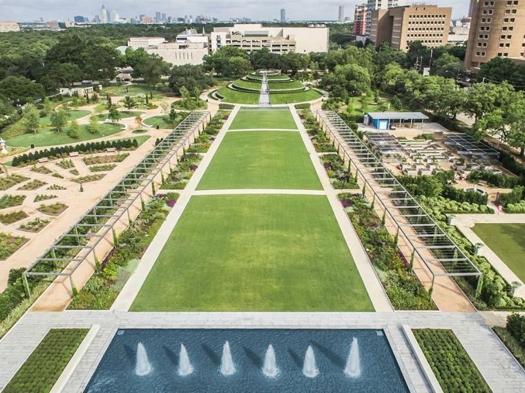 美国麦克戈文百年纪念花园