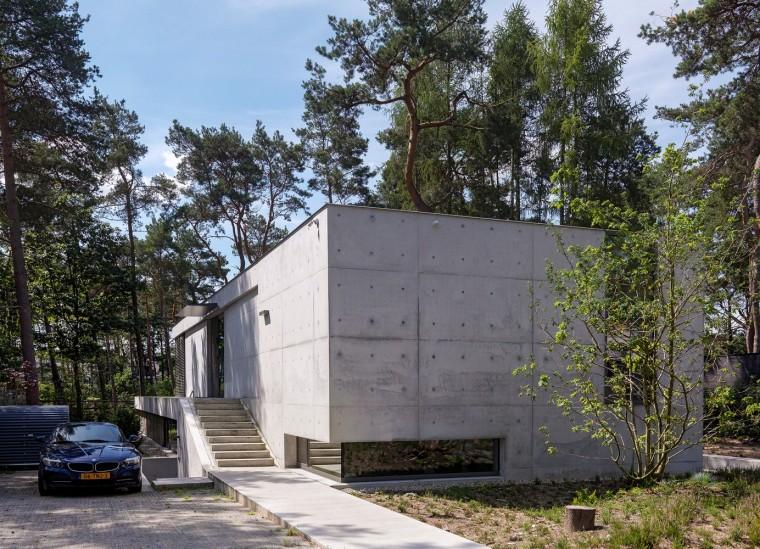荷兰混凝土板组成的Zeist住宅-2