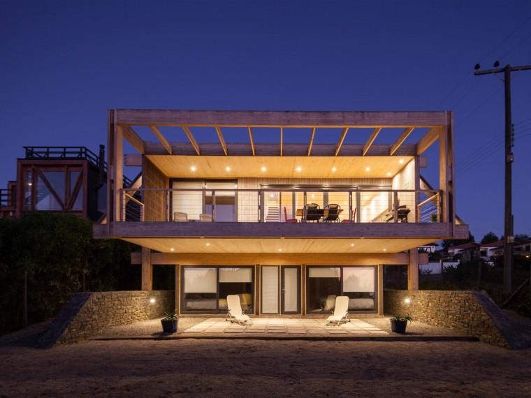 智利脚手架支撑的观景住宅