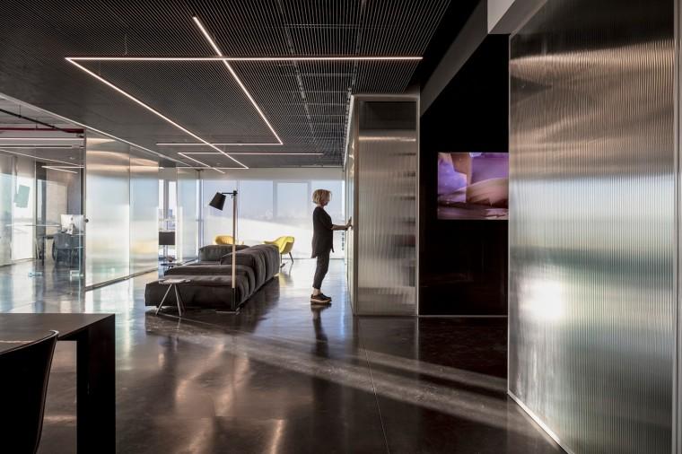 Basix灵活且动态的总部办公室-8