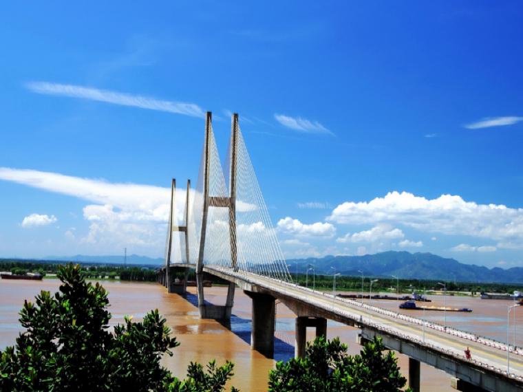 铁路长江大桥4#墩主塔下塔柱/下横梁施工方案(图文丰富)