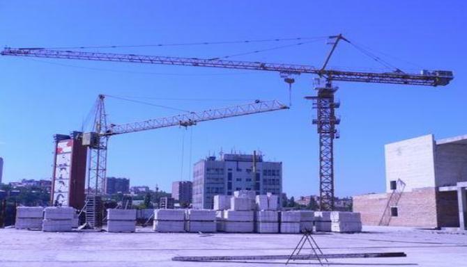 脚手架与垂直运输设备塔吊选型与布置