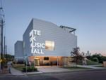 音乐场馆里的钢铁侠,不惧粗暴装卸的休斯顿音乐厅