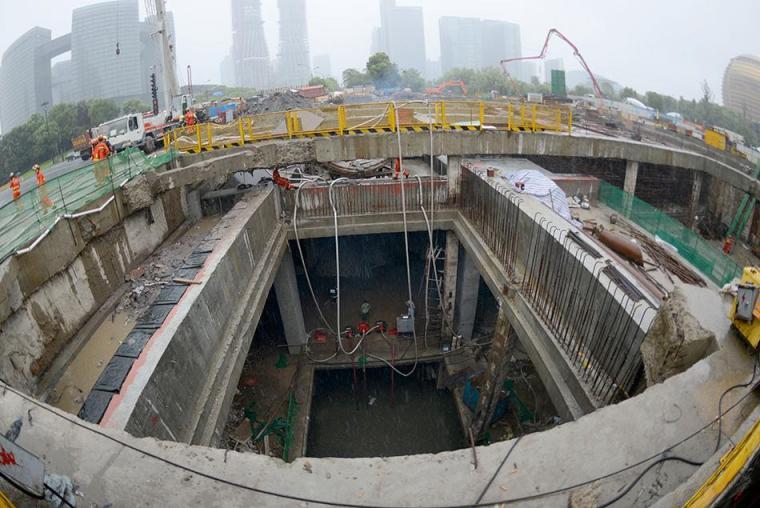 地铁工程施工技术管理工作总结