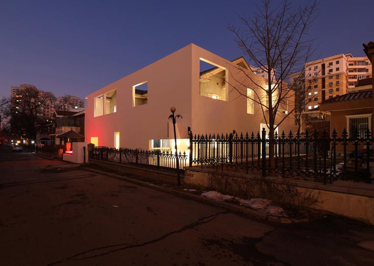 沈阳河畔花园的商业建筑-10