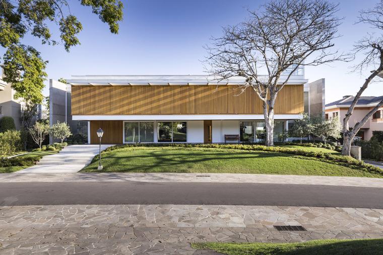 结构与空间融合的JardimdoSol住宅-1