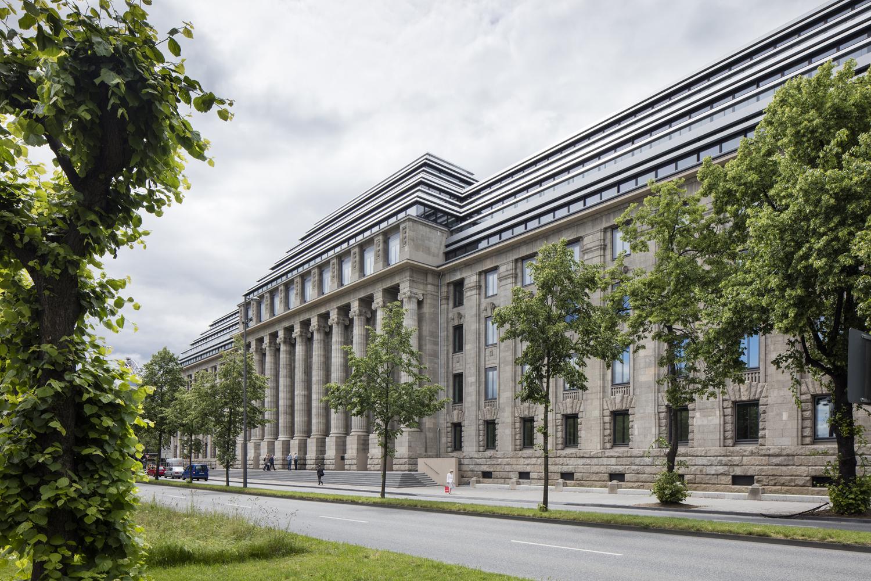 德国NeueDirektion旧铁路总部办公室