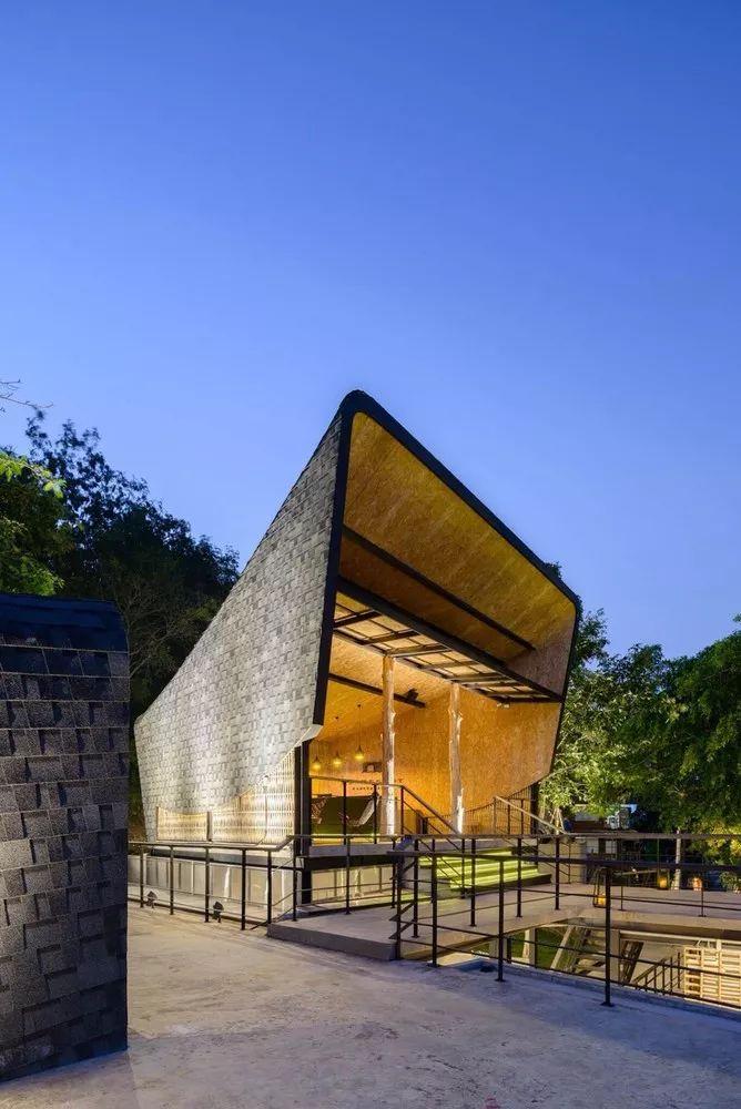 超美的水上筏式酒店設計,美出了新高度_21
