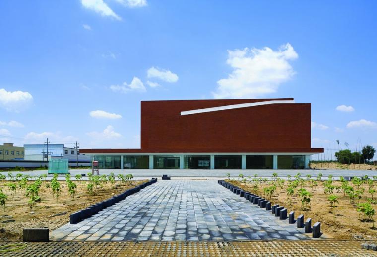 宋庄美术馆室内设计方案图及效果图(含18张JPG)