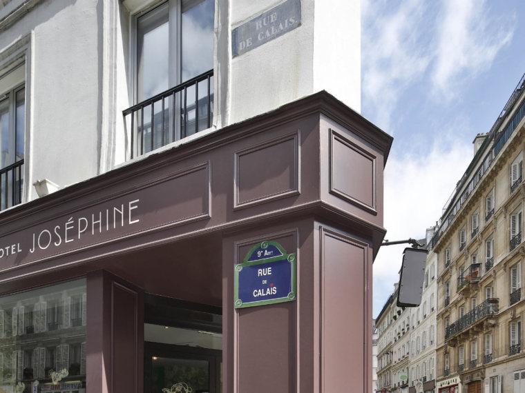 巴黎:HotelJosephine一个被花卉和色彩包裹的华丽空间_1