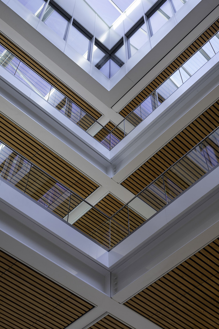 016-teaching-and-learning-building-of-university-of-nottingham-by-make-architects
