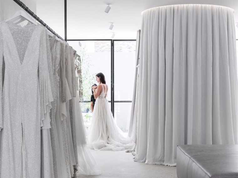 墨尔本极简主义婚纱精品店