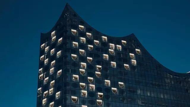 耗时13年,老仓库变身德国地标建筑,惊艳世界-10.jpg