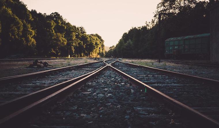 铁路工程监理验收标准应用指南(隧道表,81页)