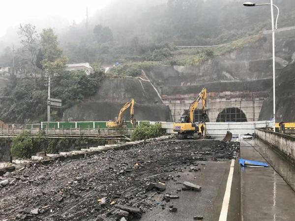 恩施州城五峰山隧道系列工程即将相继完工
