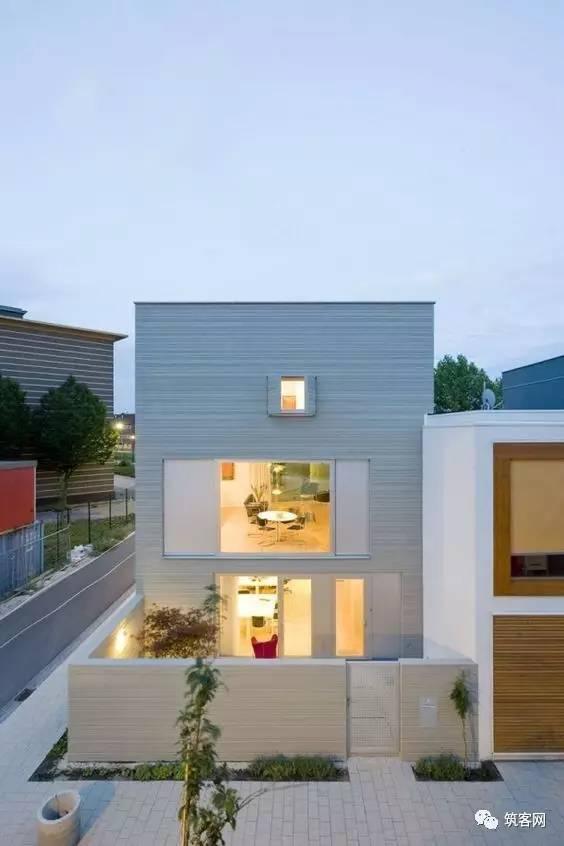 40款·简洁的现代别墅设计_39