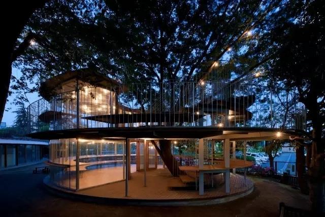 创意还是奇葩?来看看日本这些让人眼前一亮的建筑!_37