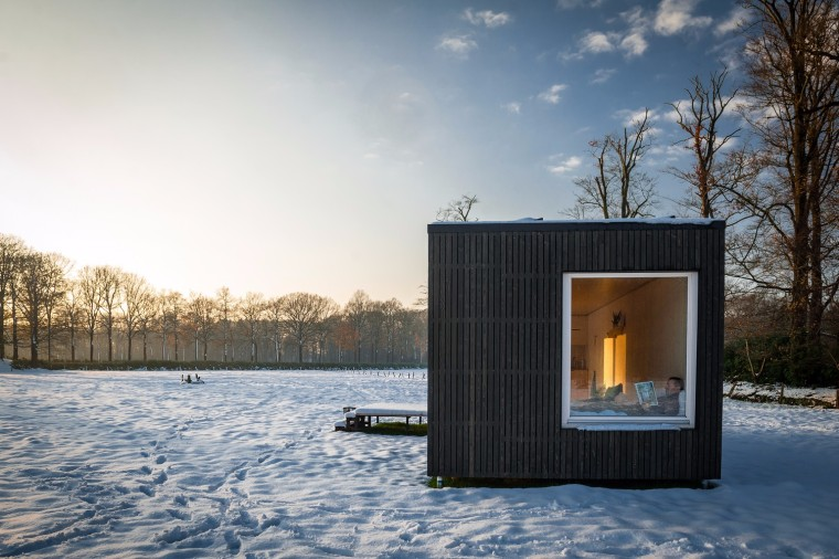 比利时移动灵活的生态小木屋