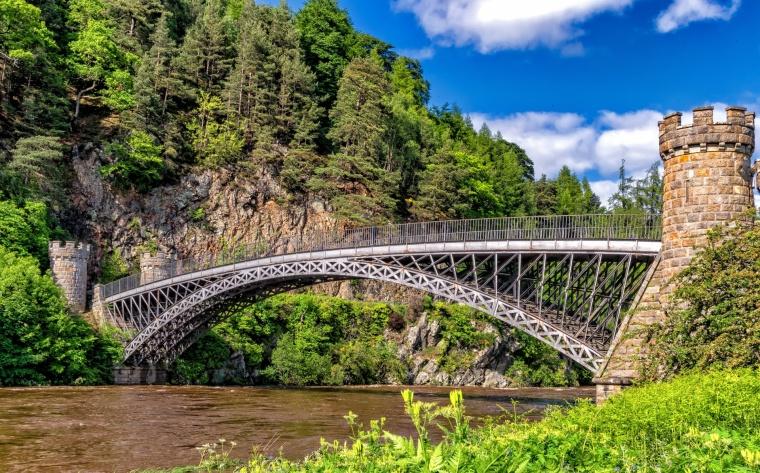 [桥梁]龙溪河大桥工程监理细则(共84页)