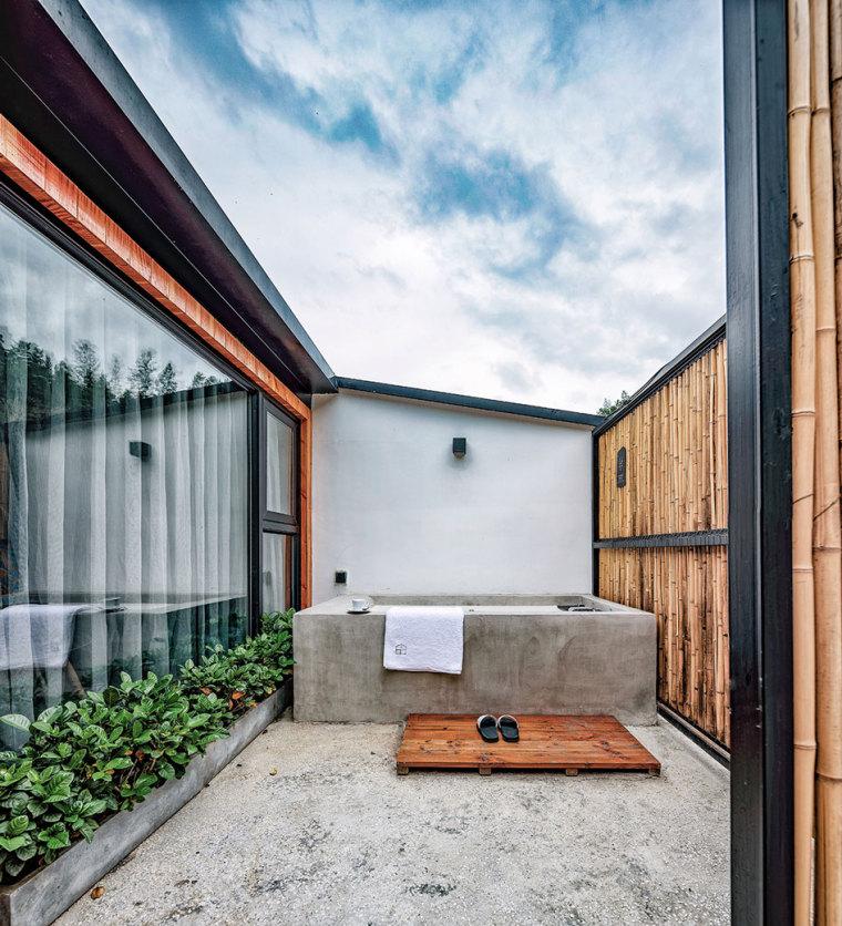 张家界传统湘西风格的六甲设计酒店-3
