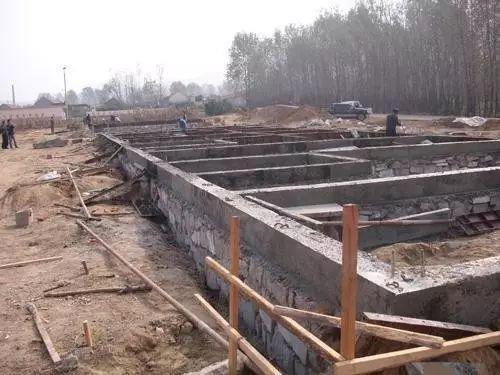 桩承台施工的工艺流程、基坑开挖、钢筋绑扎等技术问题_6