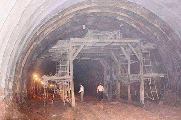 某水电站堰坝及隧洞施工组织设计方案