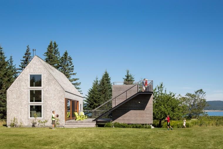 新与旧共生的小岛小屋