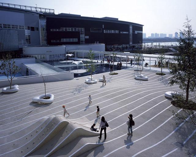 东京丰州LaLaport码头休闲区景观设计_3
