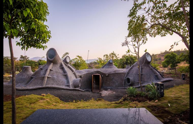 印度洞穴式住宅